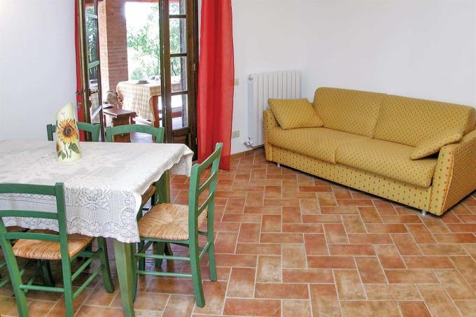 soggiorno-esclusivo-rustico-casale-con-piscina-in-vendita-toscana-castagneto-carducci