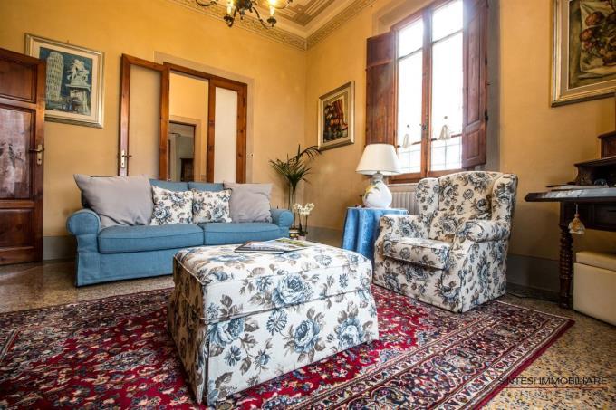 soggiorno-fattoria-con-lussuosa-villa-antica-in-vendita-toscana-tra-pisa-e-firenze