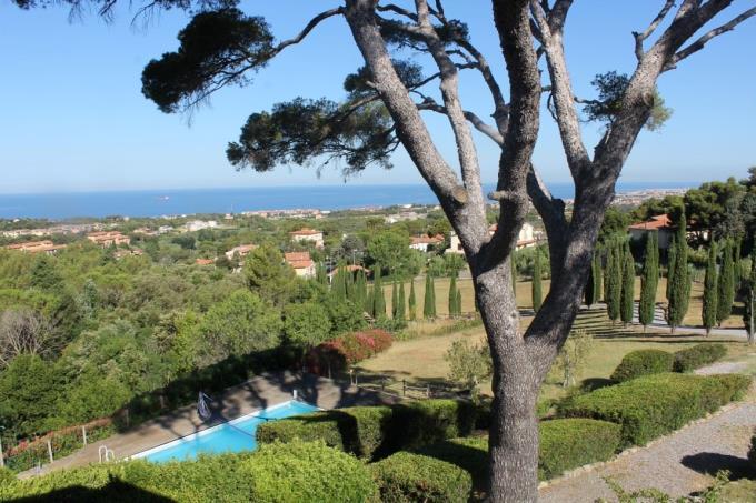 spettacolare-vista-mare-casale-con-piscina-in-vendita-toscana-costa-livorno