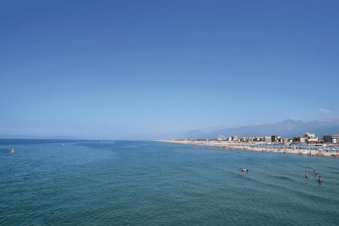 spiaggia-esclusiva-villa-in-vendita-toscana-versilia-lido-di-camaiore