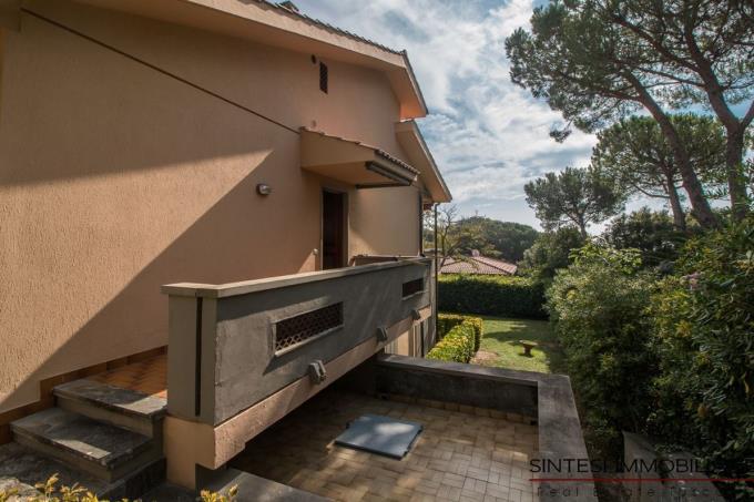 splendida-villa-sul-mare-in-vendita-toscana-livorno