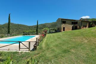 Tenuta di prestigio con 2 casali ristrutturati piscina oliveta in vendita Toscana | Pisa | Volterra