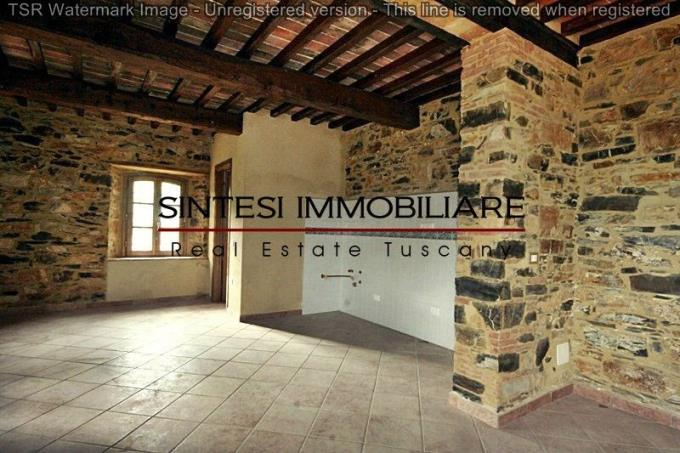 interni-con-pietra-a-vista-casale-ottocentesco-in-vendita-toscana-castagneto-carducci-monteverdi