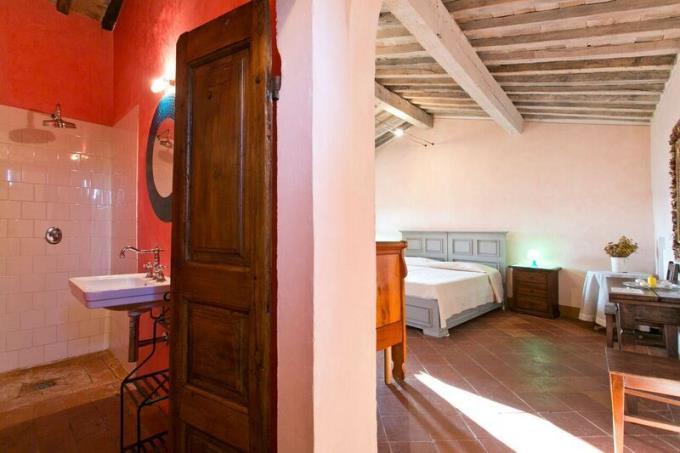 suite-incantevole-tenuta-con-castello-in-vendita-toscana-volterra