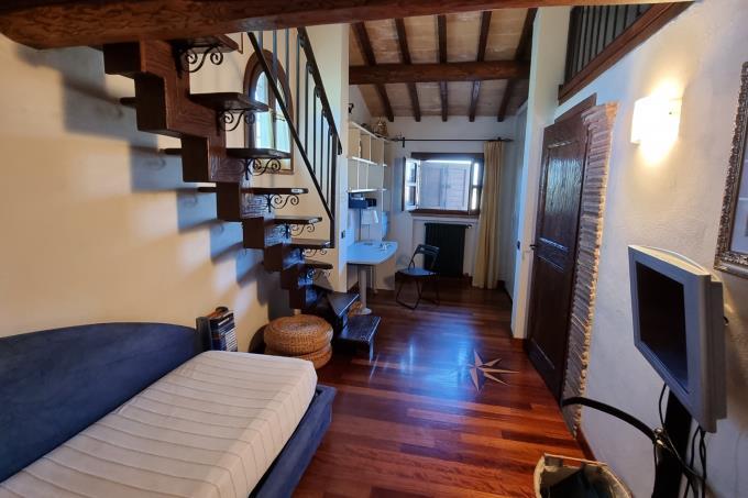 suite-casale-di-charme-in-vendita-sud-toscana-maremmacapalbio