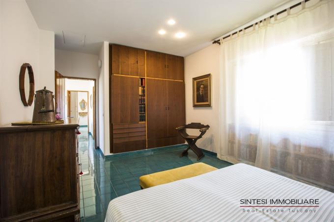suite-padronale-villa-vendita-sulla-spiaggia-castiglioncello