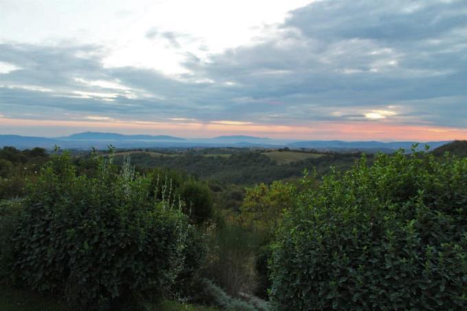 esclusiva-villa-con-vista-mozzafiato-sul-giglio-montecristo-in-vendita-toscana-grosseto-scansano