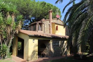 Tenuta con 2 casali ristrutturati vicino mare in vendita Toscana | Livorno | Castagneto Carducci
