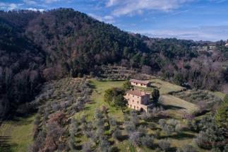 prestigiosa tenuta di 10 ettari con villa ottocentesca in vendita in Toscana | campagna di Volterra