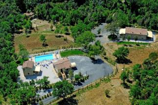 charming estate with 3 stone farmhouses and pool close Suvereto