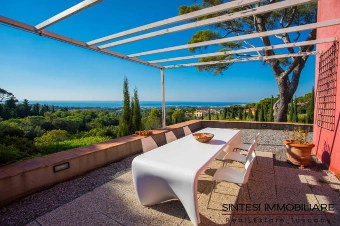 terrazza-lussuosa-dimora-settecentesca-con-piscina-in-vendita-toscana-costa-livorno