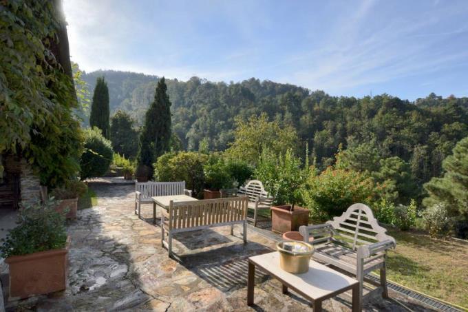 terrazza-panoramica-casale-di-lusso-in-vendita-toscana-lucca-pietrasanta