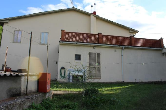 terrazza-panoramica-villa-in-vendita-in-toscana-pisa-santa-luce
