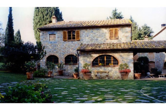 the fine property for sale in tuscany near siena.jpg