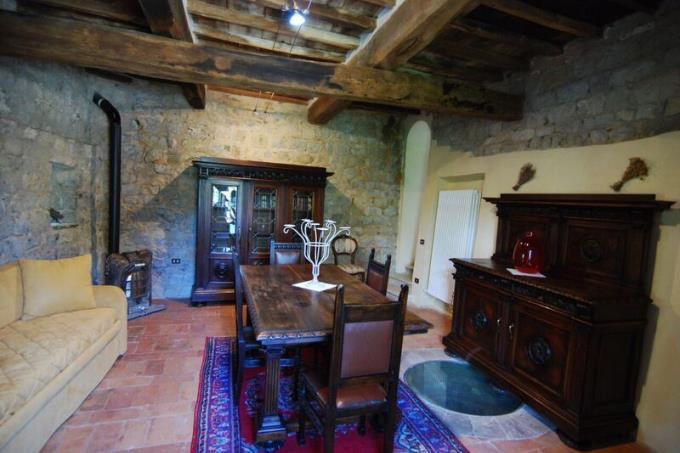 torre-esclusivo-eremo-agostiniano-in-vendita-toscana-volterra