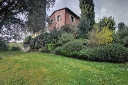 villa storica di lusso ristrutturata 4 camere | 3 bagni parco privato con olivi il poggio incantato