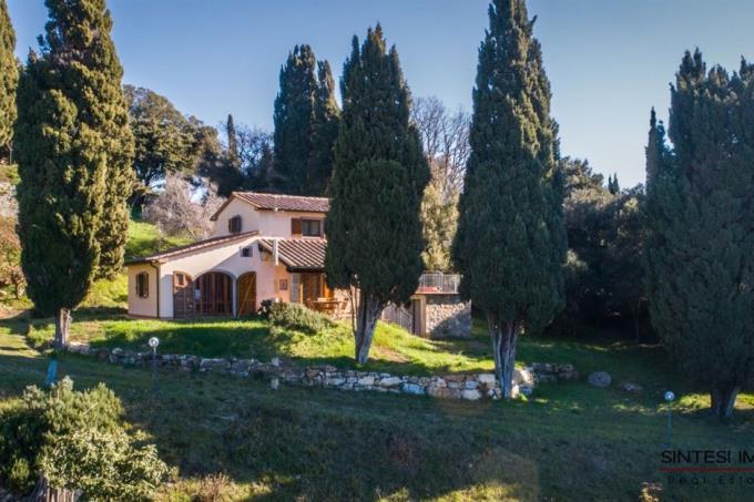 villa-di-prestigio-con-parco-in-vendita-toscana-livorno-tra-castagneto-carducci-e-suvereto