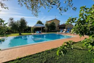 villa di prestigio piscina vicino spiaggia fotovoltaico pompe calore in vendita Castagneto Carducci