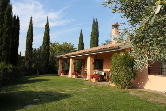 villa-di-prestigio-con-vigneto-e-vista-argentario-in-vendita-scansano-grosseto