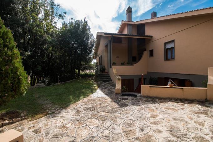 villa-di-prestigio-sul-mare-in-vendita-toscana-costa-livorno-quercianella