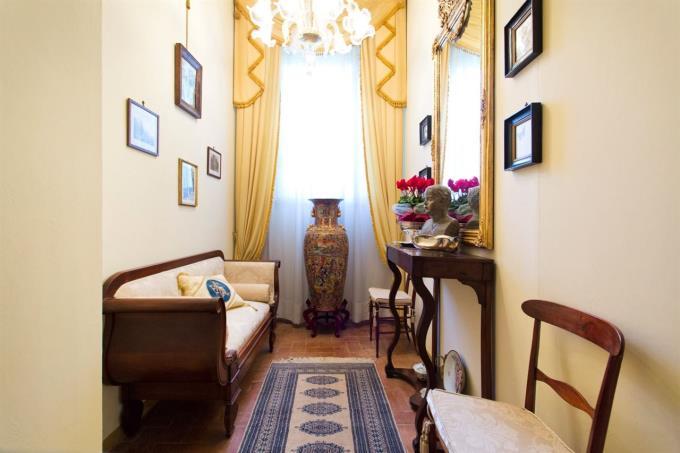 villa-ottocentesca-finemente-arredata-in-vendita-in-umbria-spoleto