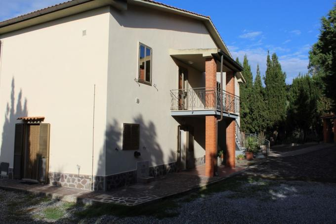 villa-panoramica-in-vendita-toscana-pisa-santa-luce