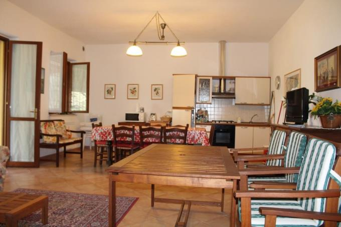 villa-vendita-toscana-maremma-sala