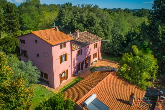 villa-settecentesca-con-torre-e-piscina-in-vendita-toscana-pisa-fauglia